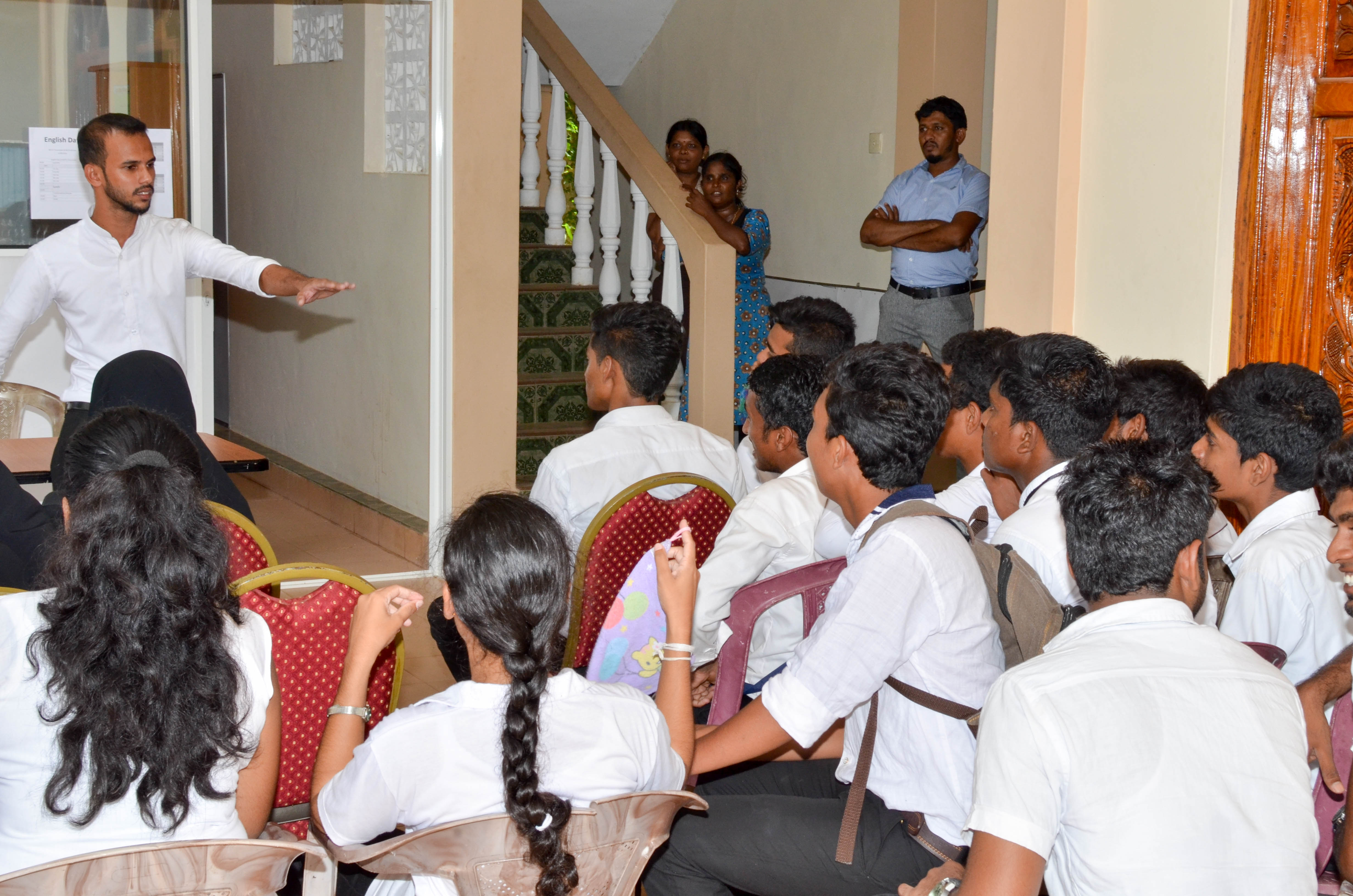 importance of learning english in sri lanka Even during this time, sri lanka's educational policy makers were not oblivious of the importance of english for the development of the country through education a programme was implemented to teach english as a second language to all school children irrespective of their social class.